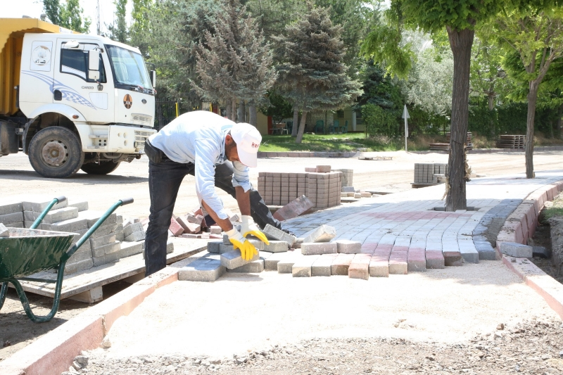 38 Mahallede yol ve kaldırım çalışması başladı