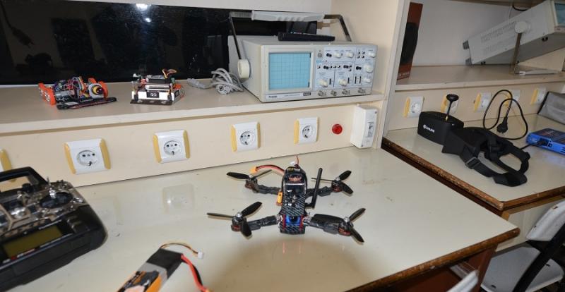Elazığlı 3 öğrenci hızlı drone geliştirdi