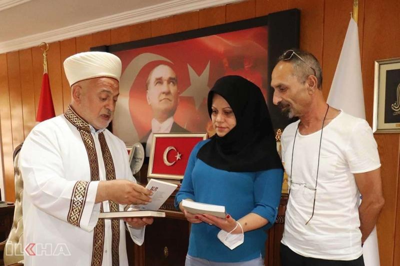 Gürcistan vatandaşı Nino Miladze Müslüman oldu