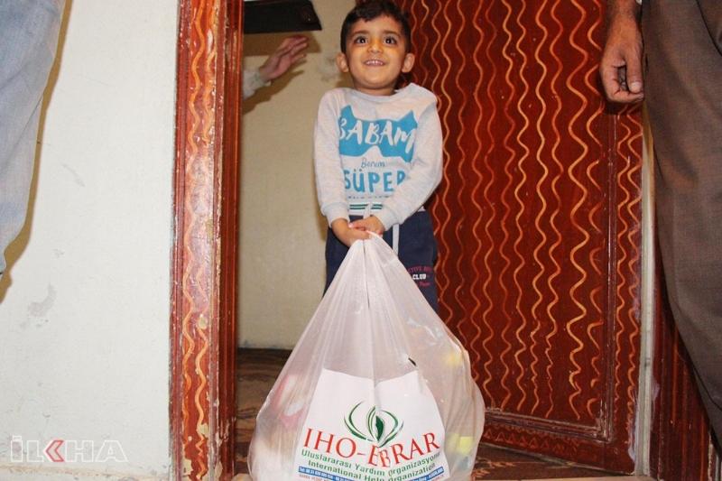İHO-EBRAR'dan ihtiyaç sahibi ailelere yardım