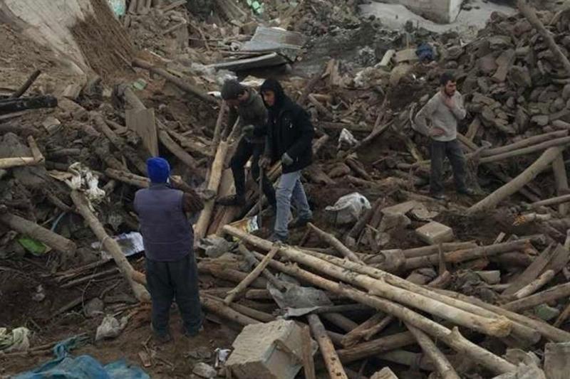 İran'daki deprem dolayısıyla Van'da 8 kişi hayatını kaybetti, enkaz altında kalanlar var