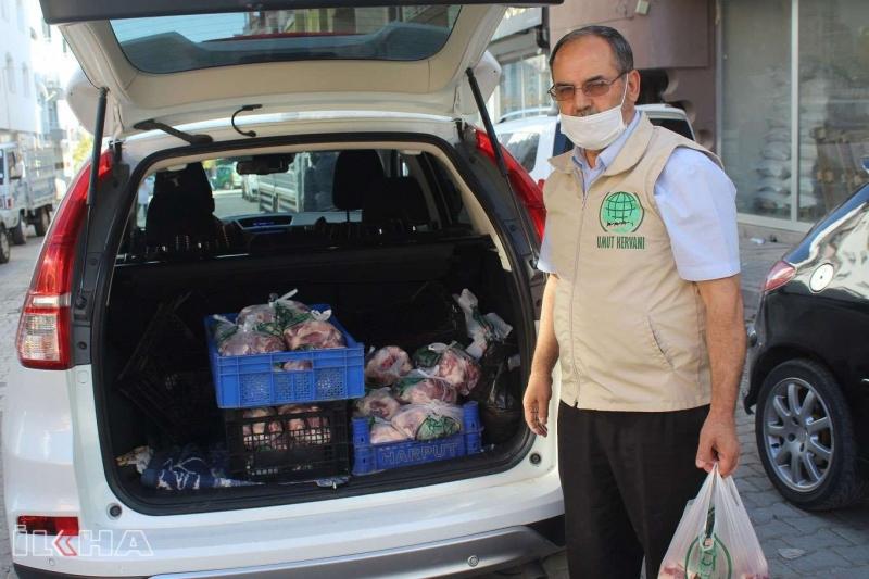 Kovancılar Umut Kervanı muhtaç ailelere et dağıttı