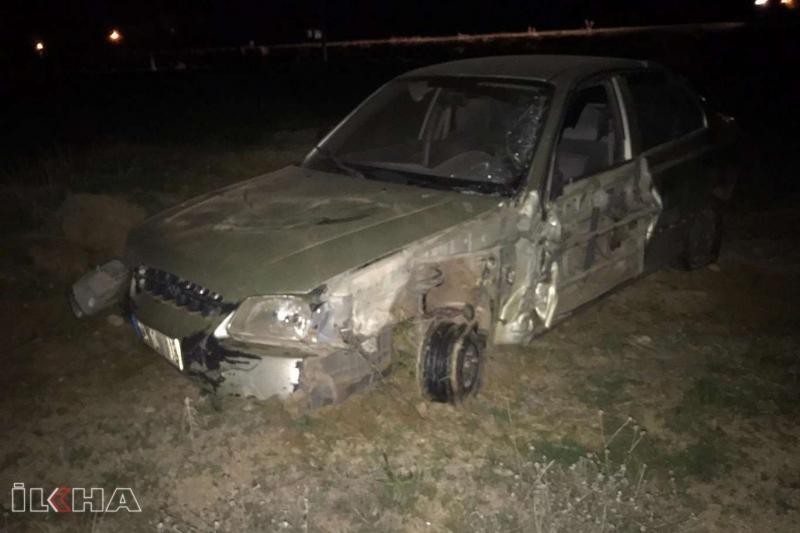 Kovancılar`da Otomobil ile beton mikseri ile çarpıştı: Bir yaralı
