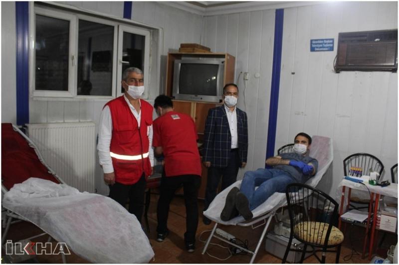 Palu`da Kızılay'ın kan bağışına yoğun ilgi