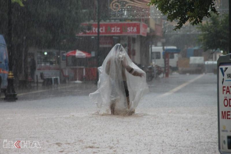 Sel ve yıldırımdan korunma yolları nelerdir?