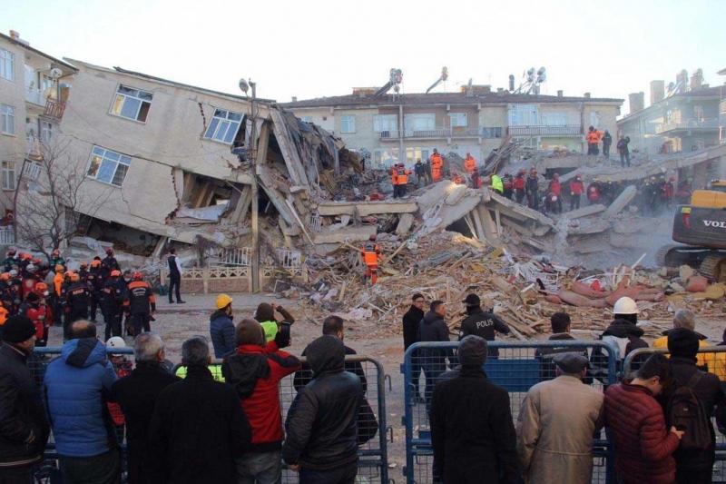 Uzmanından deprem uyarısı 8,0 büyüklüğüne yakın yıkıcı bir depremi yaşayabiliriz